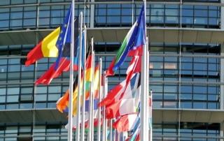 flags.jpg_2098320406
