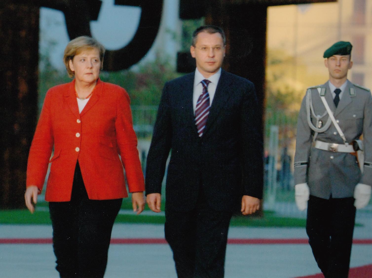 2006.09 Берлин Меркел-1