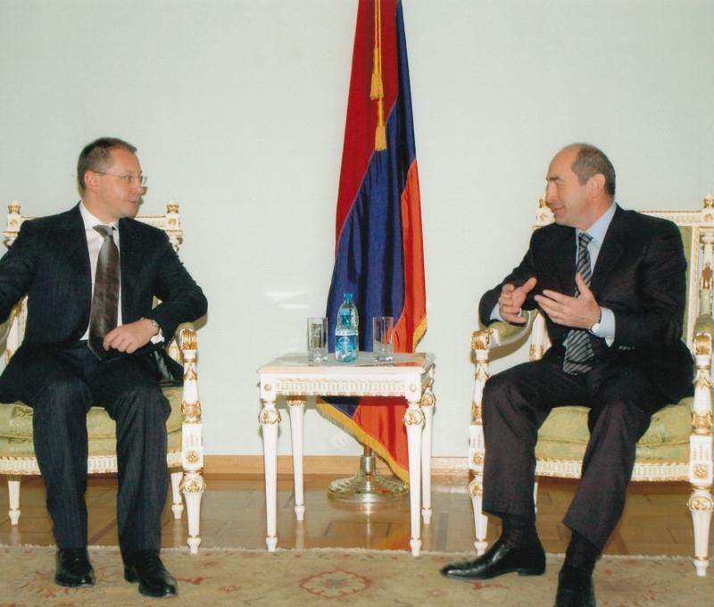 2007.11 Армения с президента Роберт Кочарян