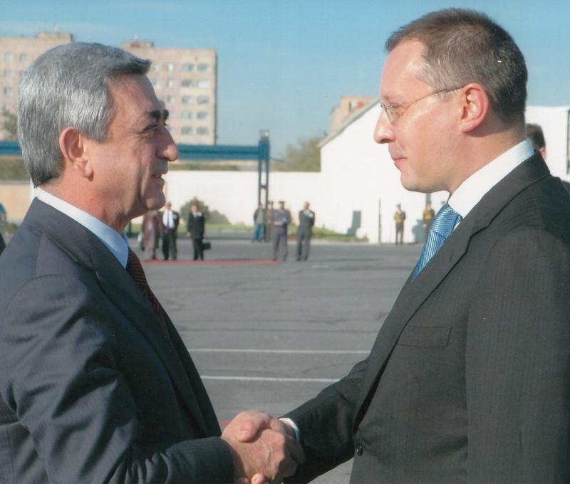2007.11 с премиера на Армения-1