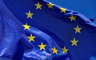 EU-flag_598369502.jpg_1257751101